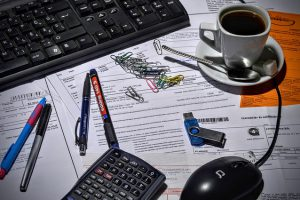 Vil du drive forretning som studerende? Få hjælp med digital bogføring